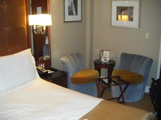 Hotel Chandler: Chambre