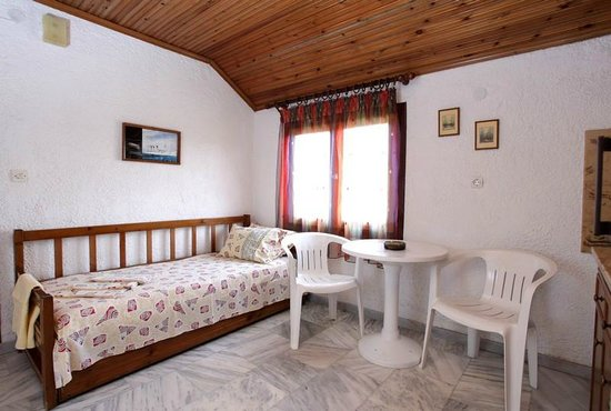 Nea Vrasna, Greece: Small apartment