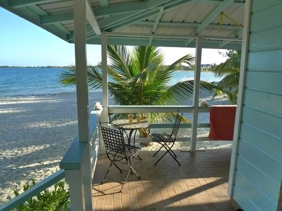 The Village Inn: Cosy afternoon on the porch of Casita Playa