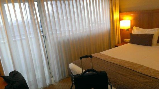 Bilderberg Europa Hotel: Bedroom - Room 521