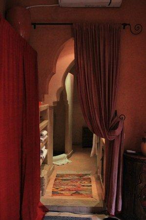 Riad Les Nuits de Marrakech: bagno