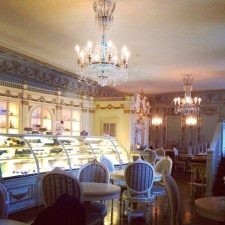 Café Pushkin: Sweet Pushkin!