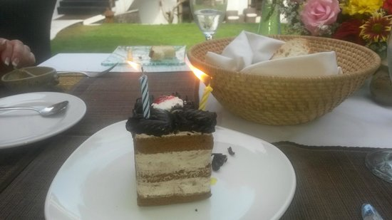 Villa Kaina: Made us a special cake for our anniversary. This was a big surprise.