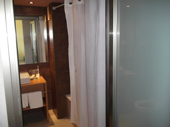 Protur Bonaire Aparthotel: Bathroom
