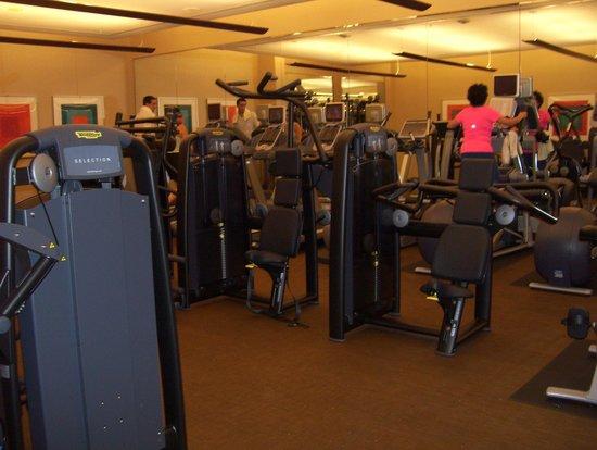 The Ritz-Carlton, Toronto : gym1