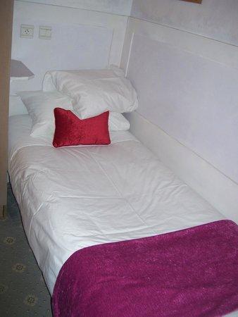 Hotel Gavarni: small but comfortable