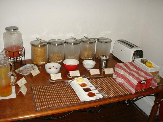 Dunmoylen House: great breakfast