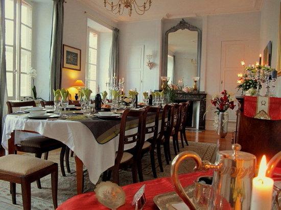 Domaine du Pegulier: La salle à manger