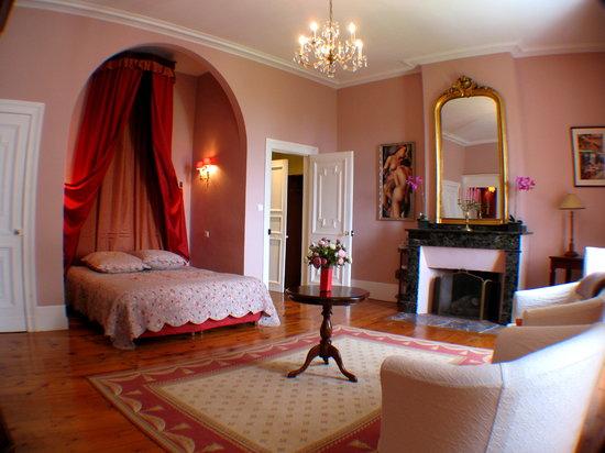 """Domaine du Pegulier: Suite """"Sous bois"""""""
