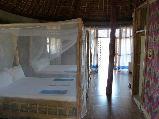 Paradise Lodge Arbaminch: Larger hut with view;  Paradise Lodge, Arba Minch, Ethiopia