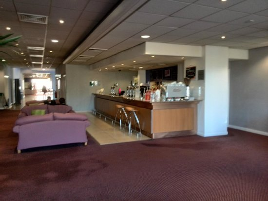 Holiday Inn Liverpool City Centre: Hotel Bar