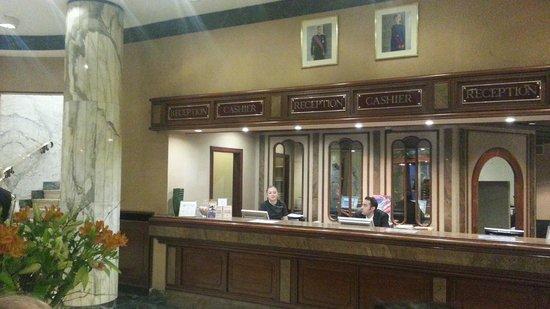 Bedford Hotel & Congress Centre: Recepción del hotel