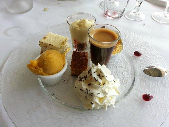 Brasserie Lille : Le café gormand et sa garniture!