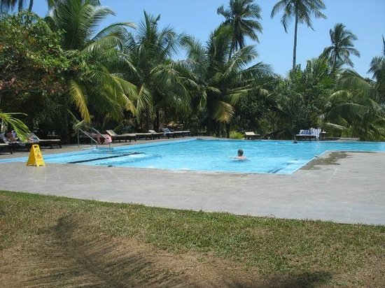Lagoon Paradise Beach Resort : Piscina