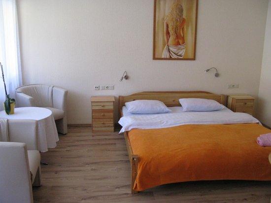 Hotel Schwanen: Номер