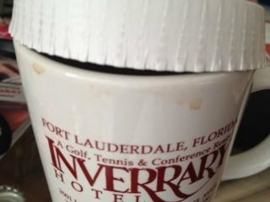 Inverrary All Inclusive Vacation Resort: Dirty coffee cup