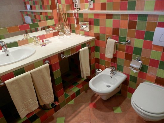 Grande Real Santa Eulália Resort & Hotel Spa : Bathroom