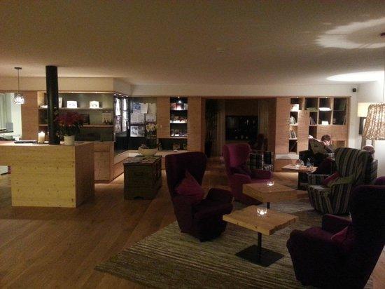 Hotel Dolomitenblick: Hall