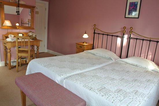 Drumcreehy Country House: Fuchsia Room