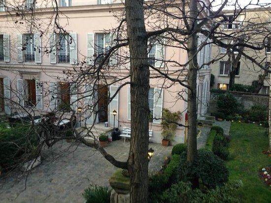 Hotel des Grandes Ecoles: Ingång till receptionen
