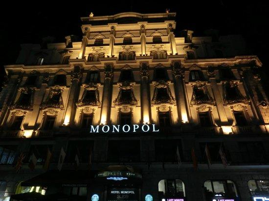 Hotel Monopol Luzern: 正面