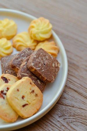 TRAIL Furniture & Coffee: Handmade cookies