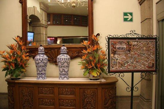 Zocalo Central: Entrance