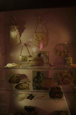 Museum of Bags and Purses: Нежнейшие сумочки и кошельеи