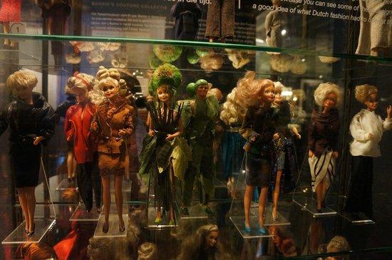 Museum of Bags and Purses: 50 лет Барби в Голландии