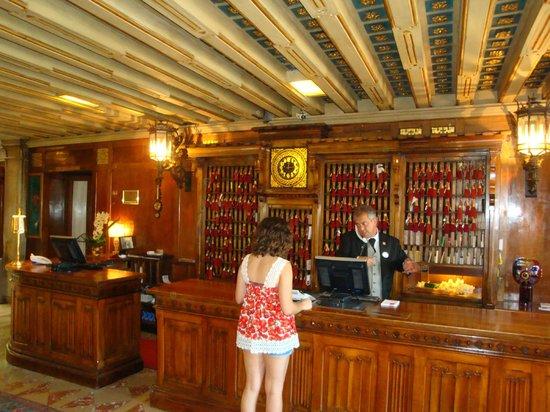 Hotel Danieli, A Luxury Collection Hotel: フロント