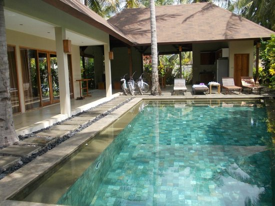 Kelapa Luxury Villas : Villa Mammollo - 2 br's, Schwinn bicycles, privacy plus.