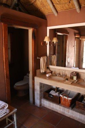 Awasi Atacama - Relais & Chateaux : Bathroom Retangular Suite