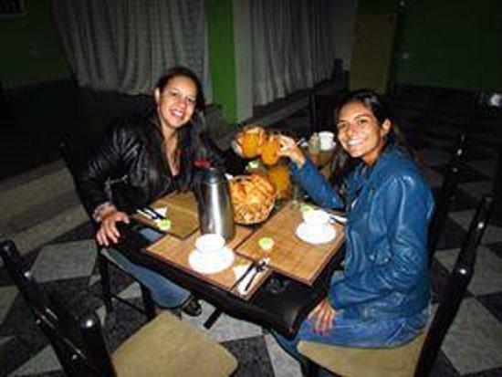 A Bogota On Holidays: Nosso café da manhã preparado pela Bete.