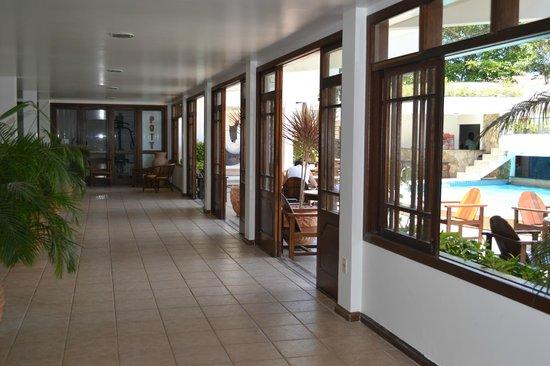 Poty Praia Hotel: pasillo