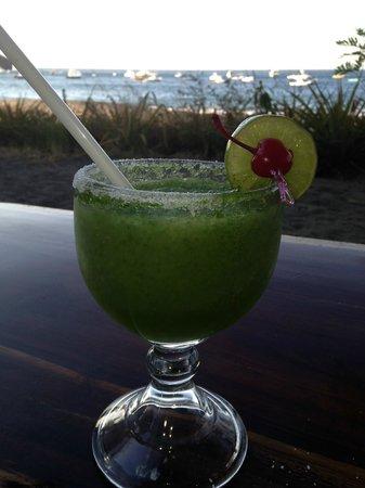 Father Rooster Beachfront Bar & Grill : Mojito-Rita