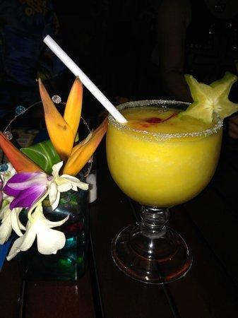 Father Rooster Beachfront Bar & Grill : Mangorita!!