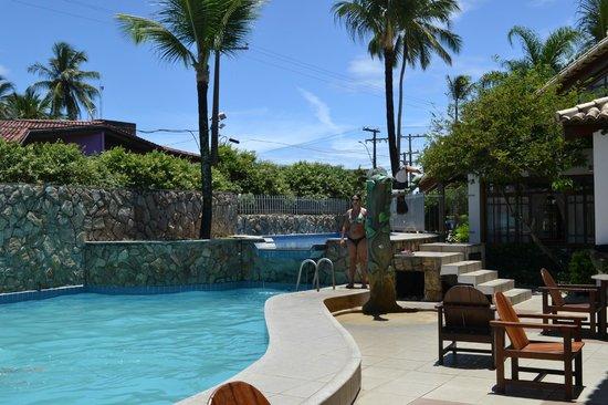 Poty Praia Hotel : lugar de piscina