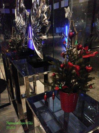 Holiday Inn Express Bangkok Siam: Lobby