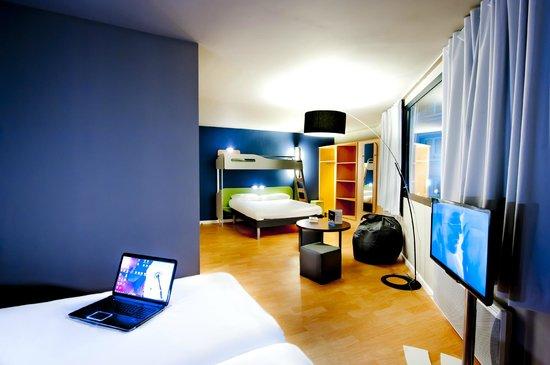Hotel ibis Budget Brest Centre Port : Chambre famille 5 personnes