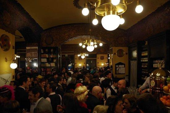 Antico Caffe San Marco: Festa di carnevale