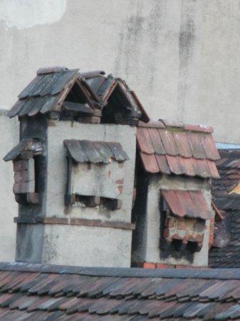 BEST WESTERN Hotelbern: magnifiques cheminées des toits voisins