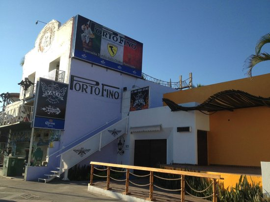 Portofino Restaurant a must dinner stop in Manzanillo
