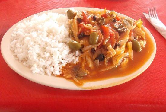 Restaurant Capitan Flores: Filete a la  Veracruzana - 100 pesos