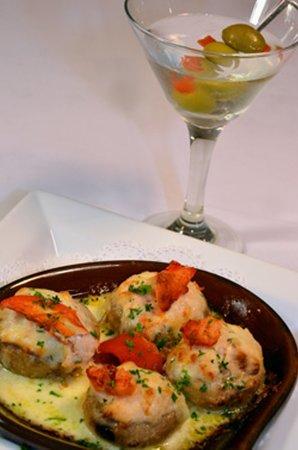 Quamichan Inn : Seafood Stuffed Mushroom Caps & own of our Fabulous Martinis