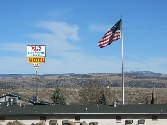 Cordes Junction Motel & RV Park : Sign and US Flag as seen from Shell Truck Stop