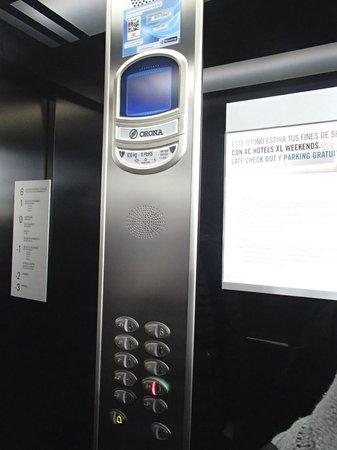 Eurostars Palace : elevator