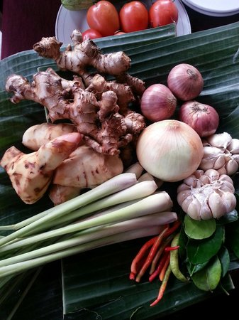 Tum Tum Cheng : Basic ingredients