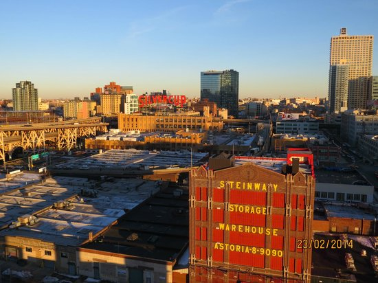 Z NYC Hotel: View from the Roof Bar