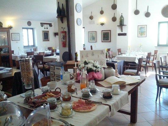 Residenza d'Epoca San Girolamo : Colazione in sala ristorante