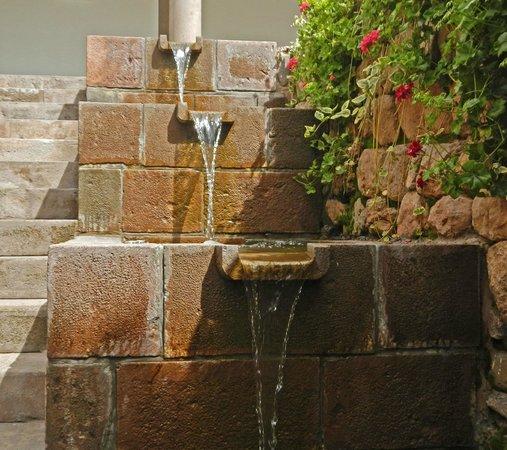 Belmond Palacio Nazarenas: Inca Fountain